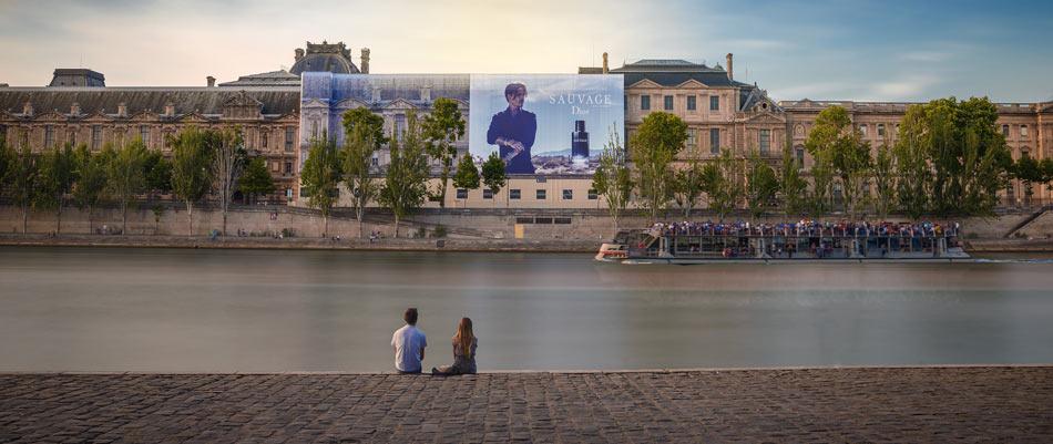Louvre bache monumentale
