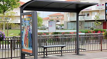 abri bus espace urbain